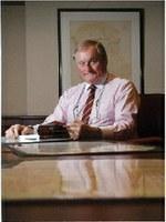 Dr Michael   Llewellyn-Smith
