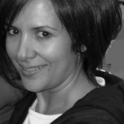 Dr Nadia   Charalambous